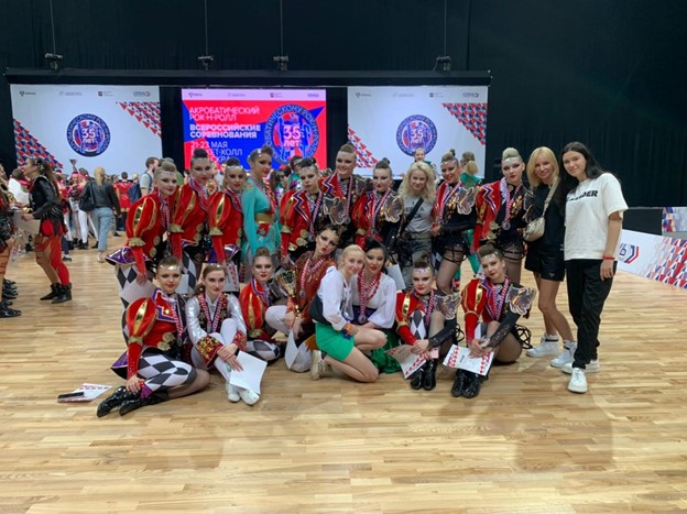 Петербуржцы выступили на Всероссийских соревнованиях по акробатическому рок-н-роллу