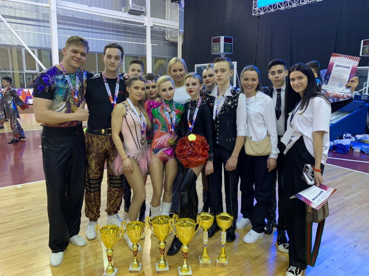 Петербуржцы – в числе лидеров Кубка России по акробатическому рок-н-роллу